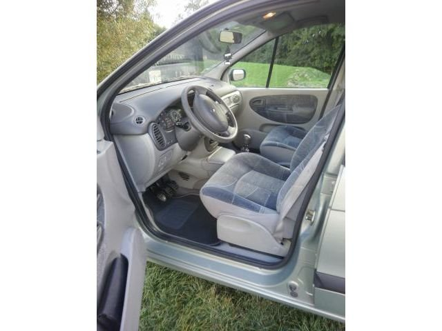 Renault scenic 2 1 9 dci expression occasion vendre 59 for Interieur scenic 2000