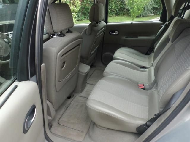 2006 renault scenic ii 1 9 dci automatic related. Black Bedroom Furniture Sets. Home Design Ideas